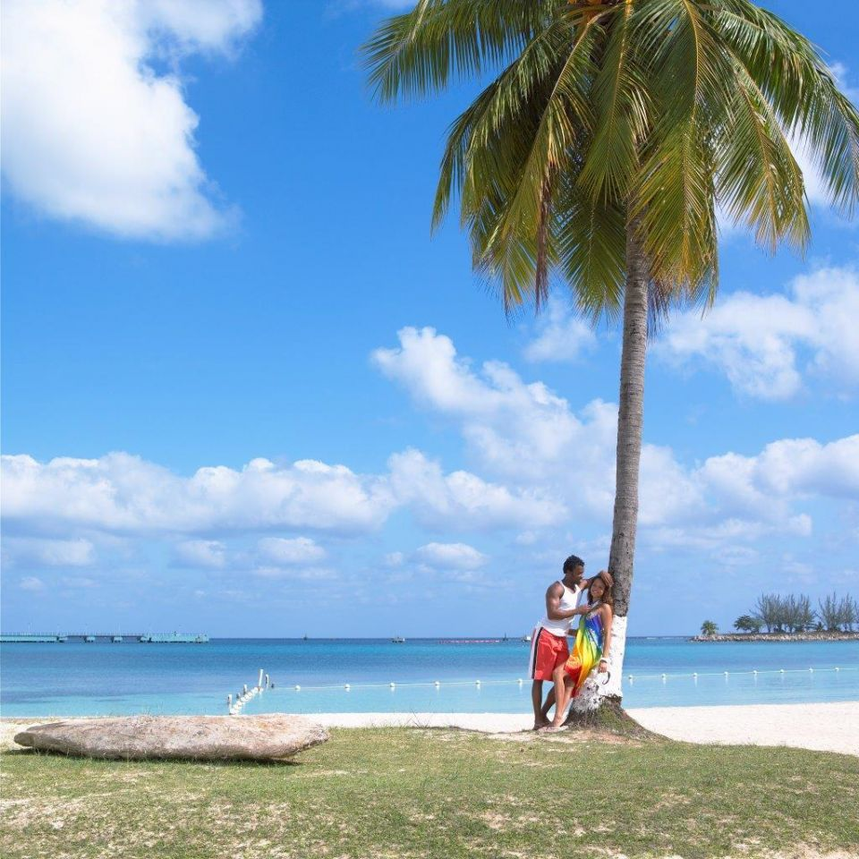 Enjoy Ocho Rios Bay Beach on your next visit to Jamaica. Don't forget to secure your property before you leave for vacation. More vacation ideas at https://www.thesmartstore.net/index.php?option=com_community&view=photos&task=album&albumid=9&userid=31&Itemid=540&lang=en  (c) Jamaica Tourist Board